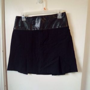 Alvin valley black wool & leather skirt size S